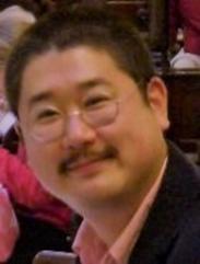 Takeshi Onimaru(Professor, Faculty of Social and Cultural Studies)