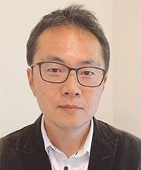 Associate Professor Nobuhiro AIZAWA /Faculty of Social and Cultural Studies